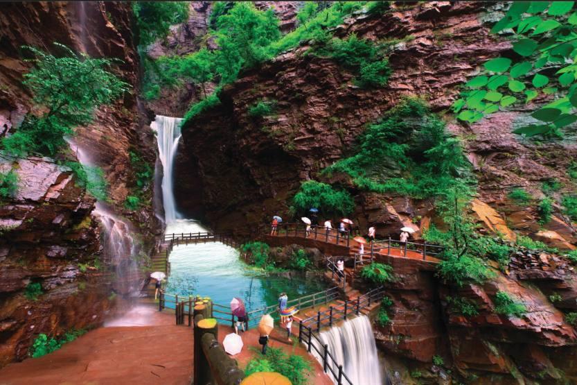 2-灯台架天池瀑布2